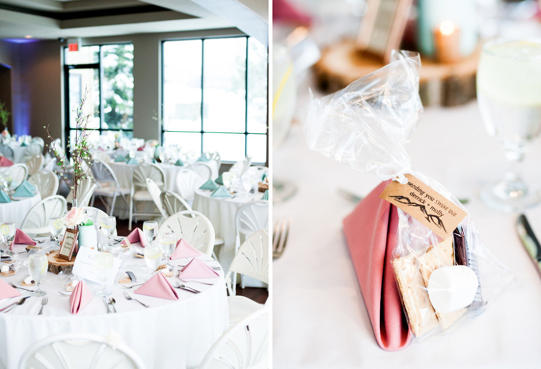 Pink napkins for a wedding